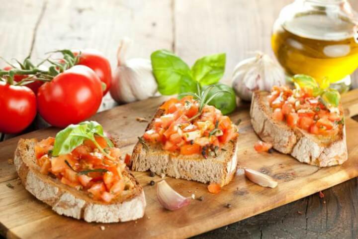 Bruschetta - Dicas de comidas típicas italiana